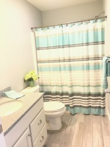 Simply Stage It bathroom